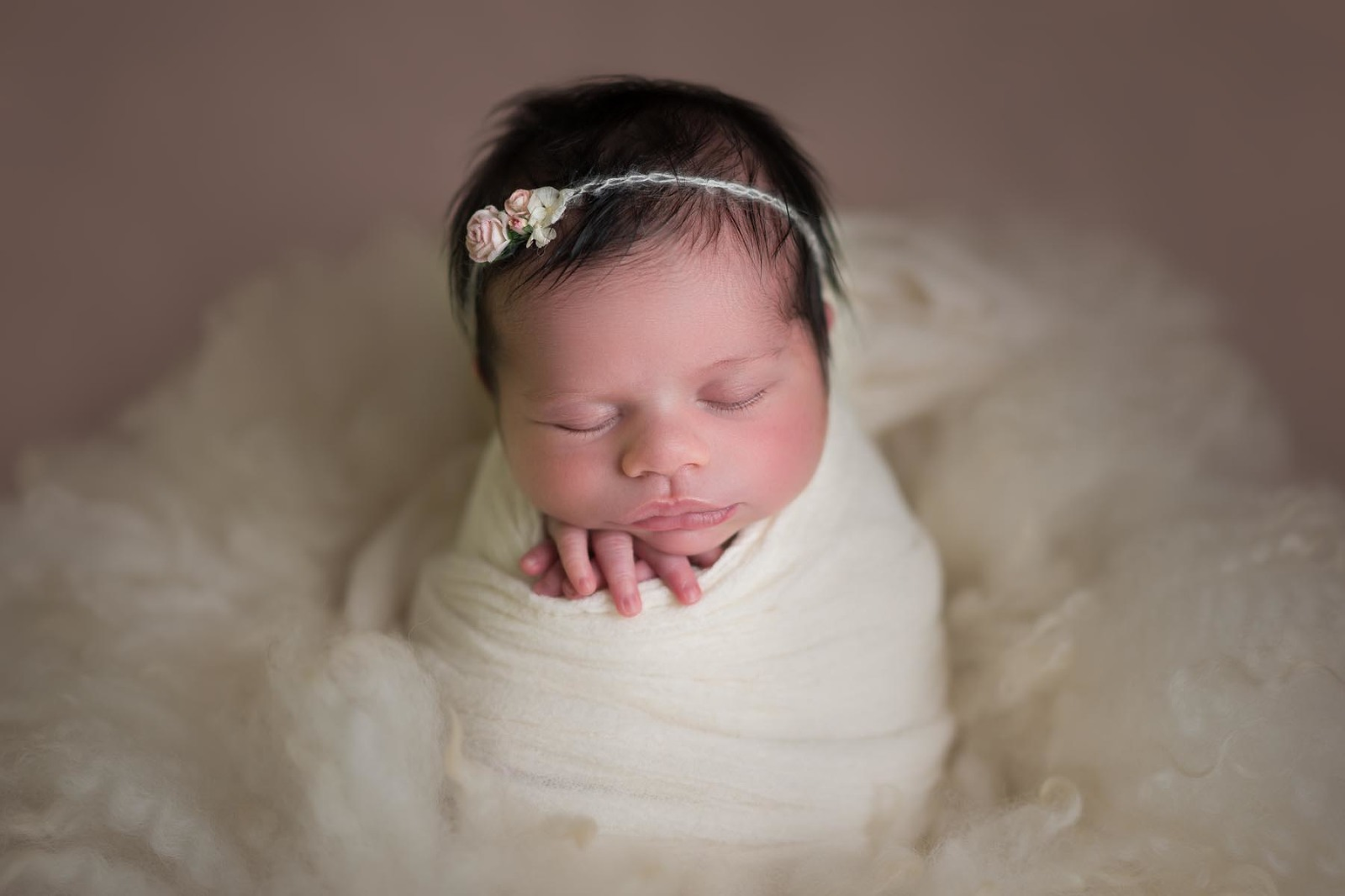 adorable newborn photography, Noosa