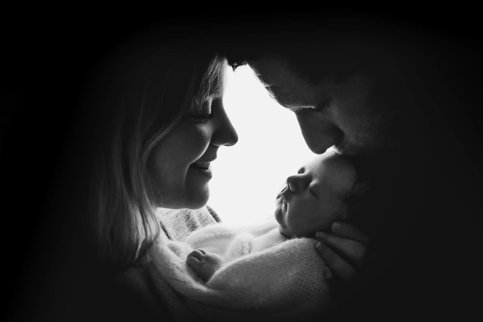 newborn family portrait, mum, dad, baby, black and white