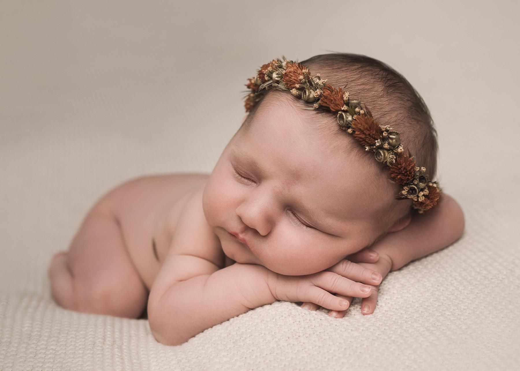 Sunshine Coast maternity services newborn baby photograph